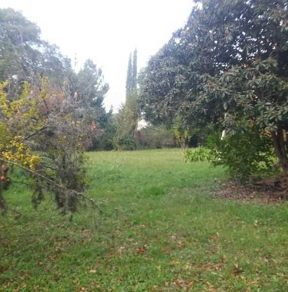 quinta en junín, buenos aires, con hermoso parque de 2500 m2