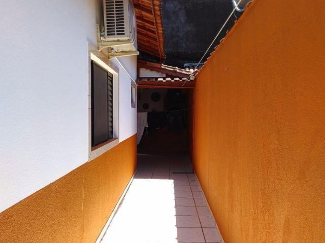quintal = churrasqueira = vagas de garagem = boa localização - ca0089