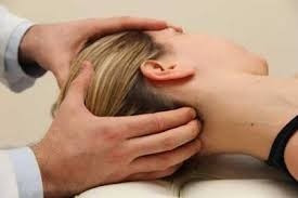 quiropráctico - médico - masajista - vendaje neuromuscular