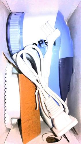 quitamota eléctrico recargable