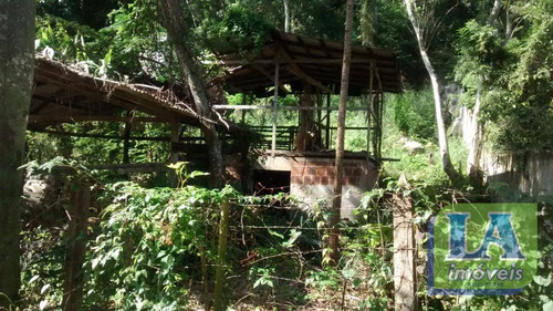 r$ 100.000,00 terreno medindo 450 m² entre casa local agradável à venda, engenho do mato, niterói. - te0241