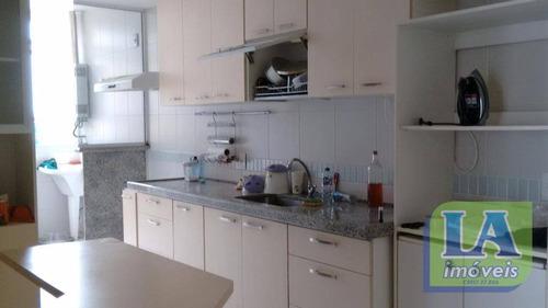 r$ 590.000,00 apartamento 3 quartos suíte armários 2 vagas  à venda, itacoatiara, niterói. - ap0252