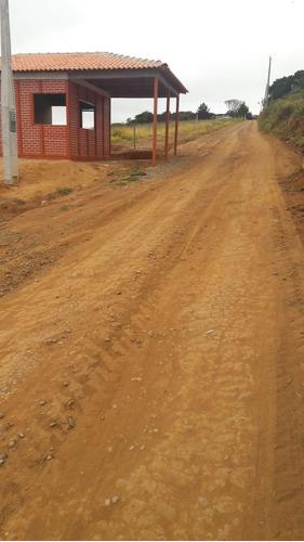 r terrenos p/ chácaras com segurança c/ água, luz em ibiuna
