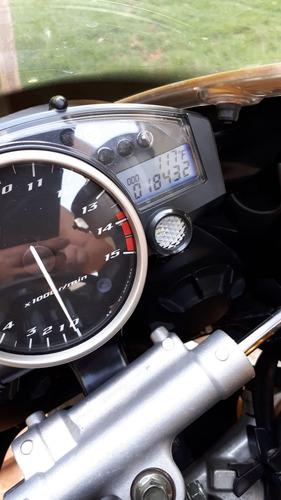 r1 série especial 18.500 km