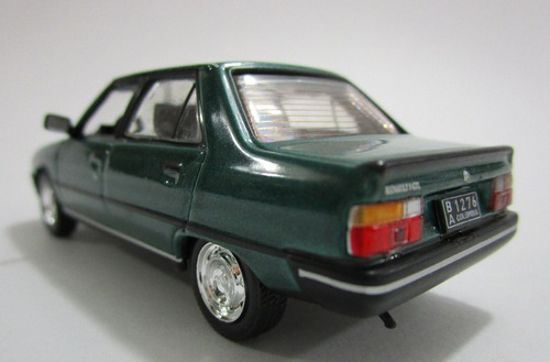 r9 renault 9 escala 1/43 coleccion 9.5cm de largo metalico