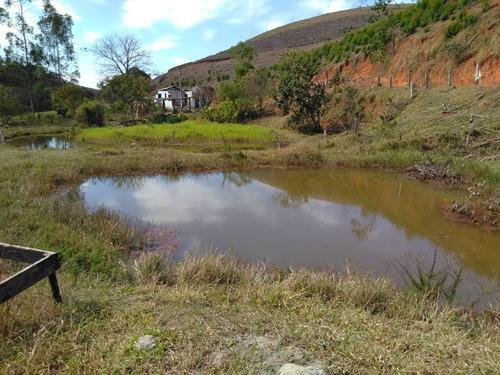 (ra) interior de sp terra próxima a represa