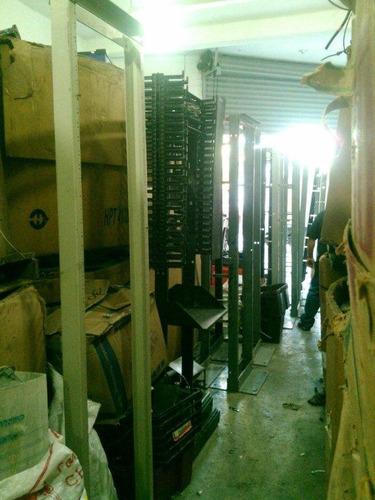 rack abierto 19 plg x 17 pies,  de fierro