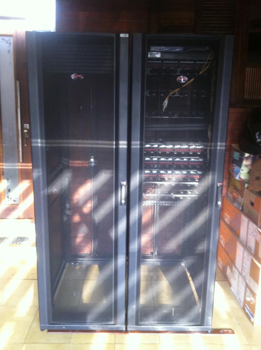Rack Apc Netshelter Server Enclosure 19 Sx 42u Mod Ar3100 R Carregando Zoom