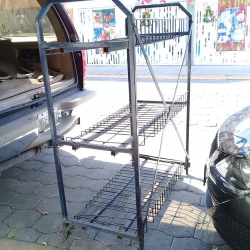 rack de metal anaquel