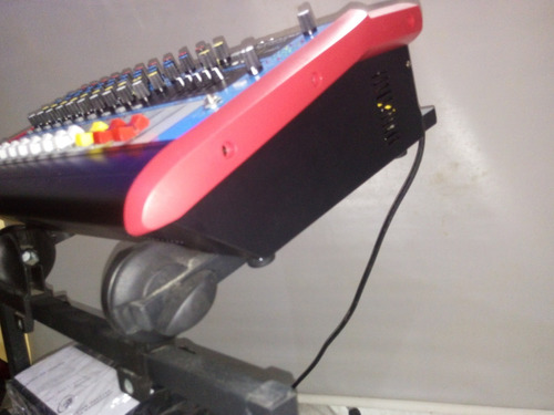 rack padrão c/ regulagem p/ mesa de som amplificador l19 ask