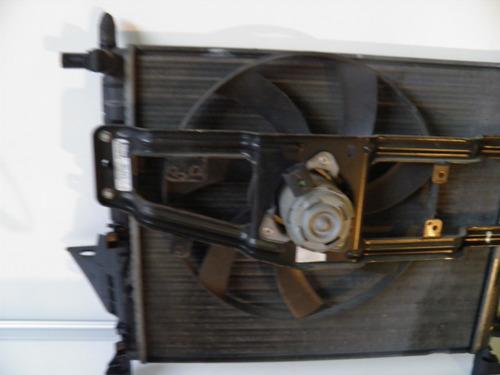 radiador con electroventilador de renault twingo