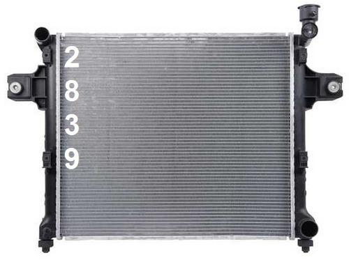 radiador de jeep commander 3.7l v6 4.7l v8 2006 - 2010