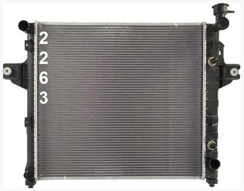 radiador de jeep grand cherokee 4.7l v8 1999 - 2000 nuevo!!!