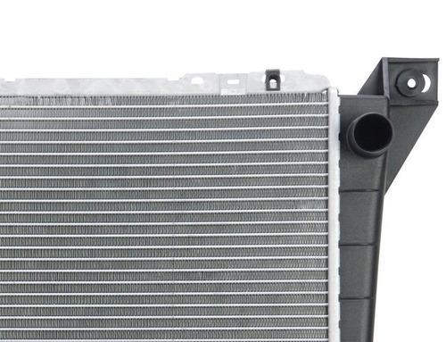 radiador ford aerostar 2.8l 3.0l v6  1986 - 1997 nuevo!!!