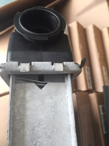 radiador ford mustang / zephir/ granada aut (tienda fisica)