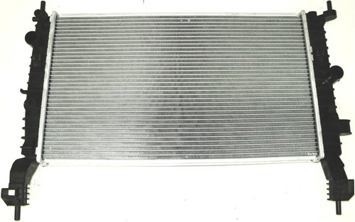 radiador gm meriva 1.8, ano 2002 acima.