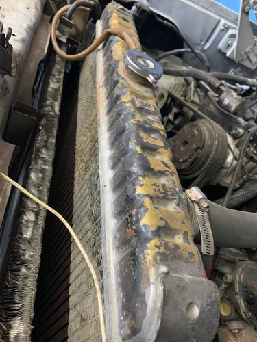 radiador ram charger 5.9