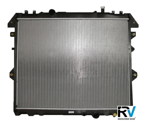 radiador toyota hilux 2.5 3.0 td 2005 en adelante reforzado