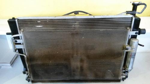 radiador tucson 2.0 automático.