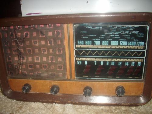 radio /antigo ;valvula  caixa madeira /funciona revisa45/25