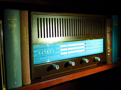 radio antigua marca sankey, año 1964