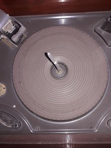 radio consola  edison antiguo