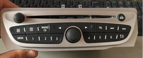 radio fluence 2012 (com defeito-não liga) vendo barato