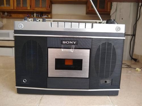 radio grabadora  vintage  sony cf-550 de 1972