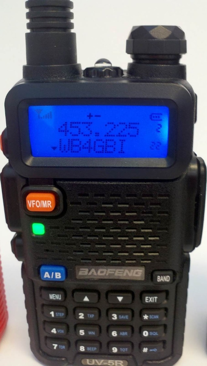 Radio Ht Baofeng Uv 5r Vhf Uhf Completo Dual Band Uv5r R 14999 Bf Walkie Talkie Carregando Zoom
