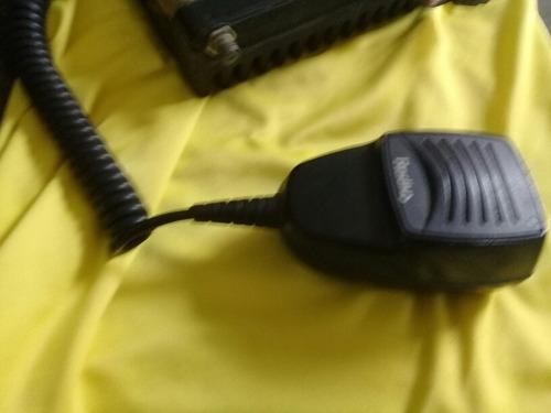 radio movil con dos canales uhf radius motorola 30 verde