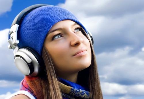 radio online  web  facebook 500 oyentes + app