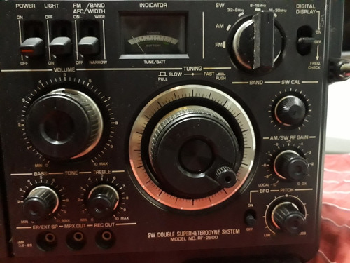 radio panasonic rf-2900. made in japan. usada.