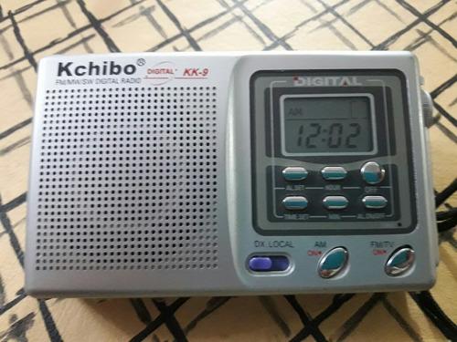 radio portátil a pilas digital con despertador