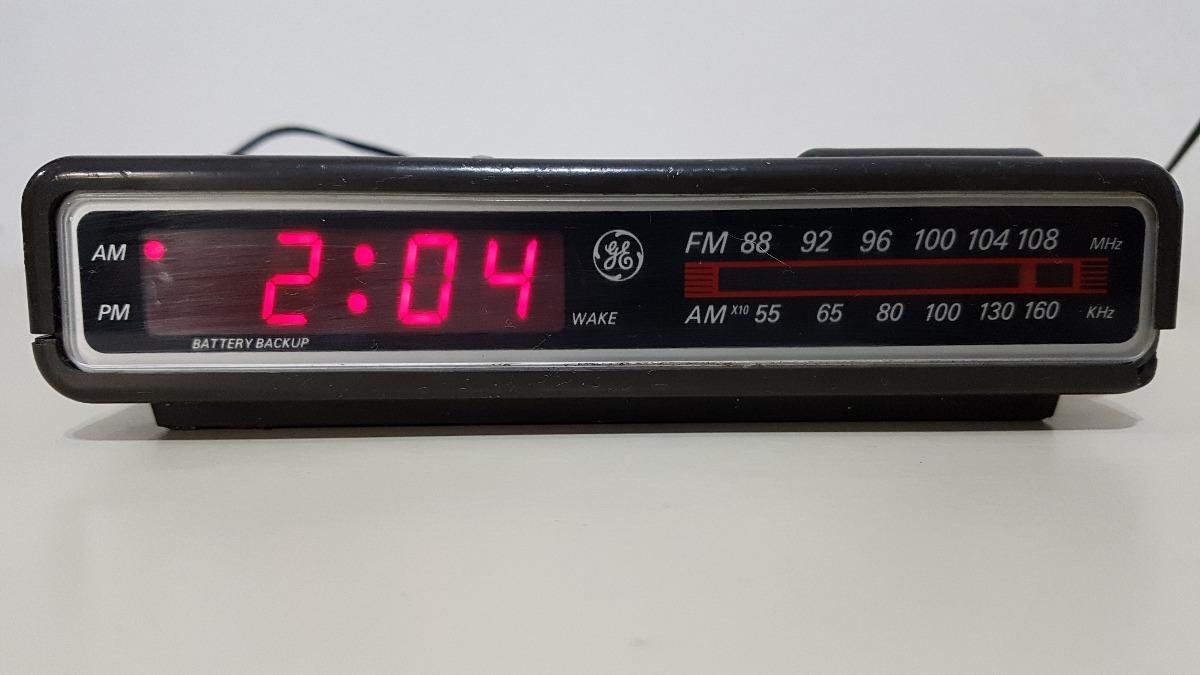 bde0d71f371 Rádio Relógio Ge - Modelo 7-4612a - Am fm - Funcionando - R  50