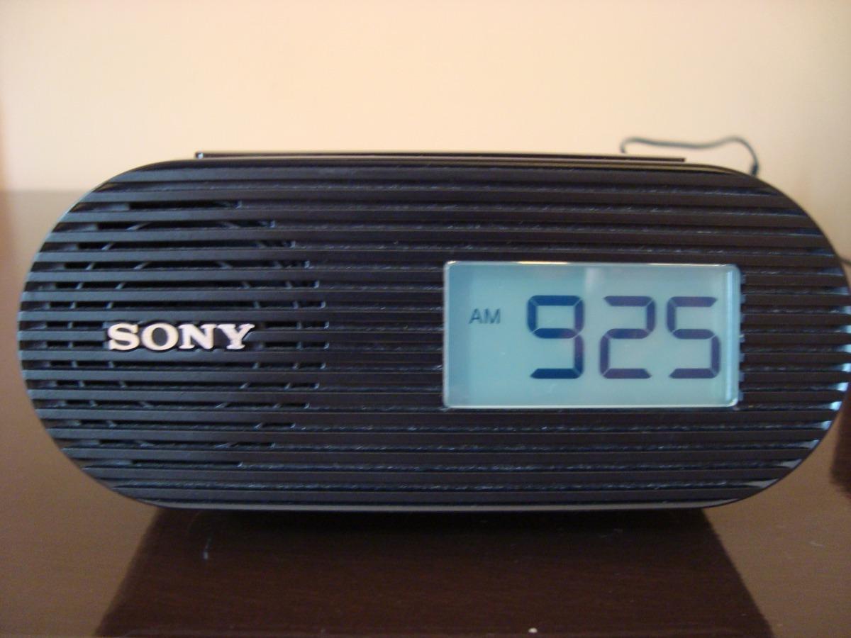 daba81c91e4 Radio Relogio Sony Icf-c05ip Com Encaixe Para Ipod iphone - R  180 ...