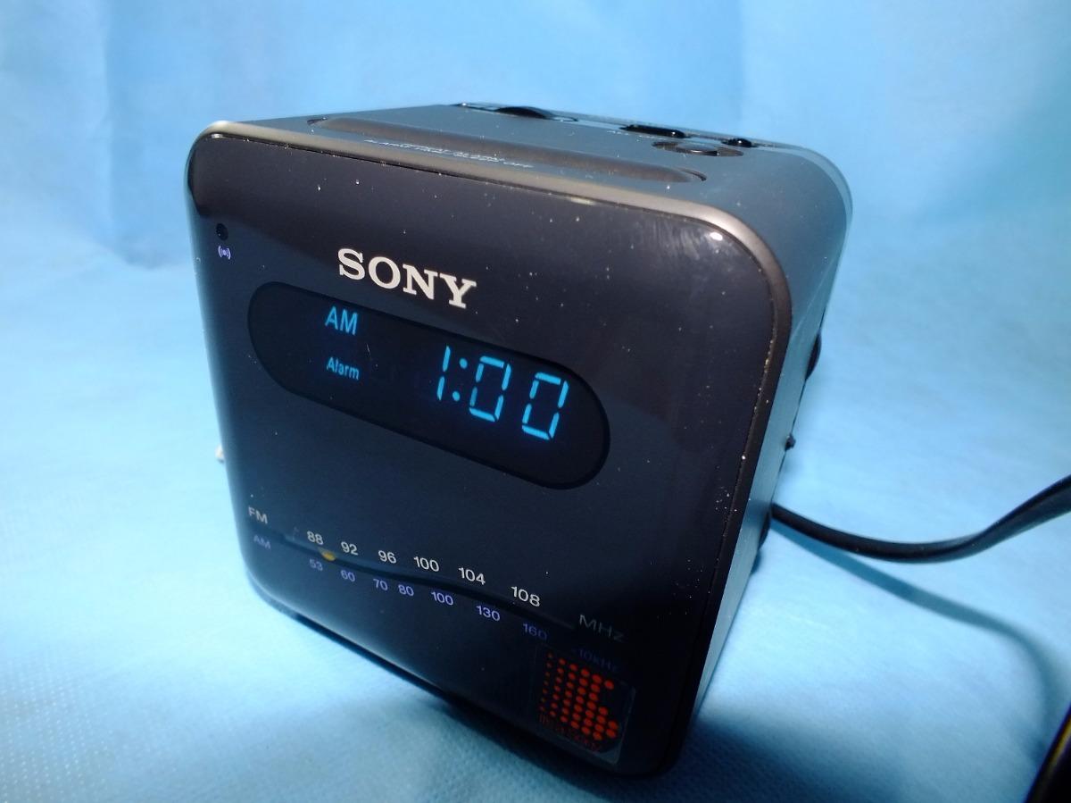 7fb1e280131 Rádio Relógio Sony Icf-c101w - Digimatic - 110 220v- Vintage - R ...