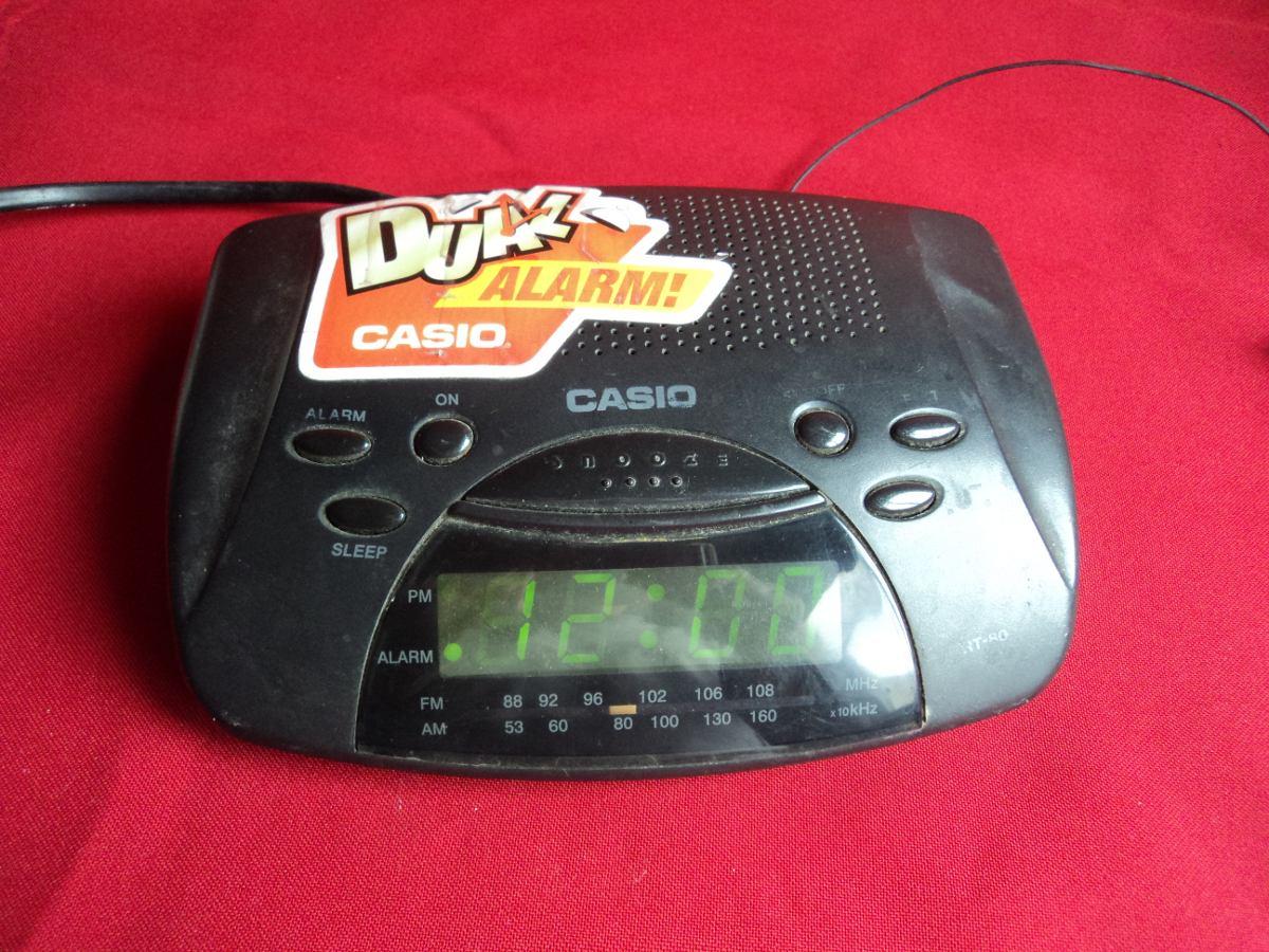 ea15abed9a80 radio reloj despertador casio - usado - a revisar. Cargando zoom.