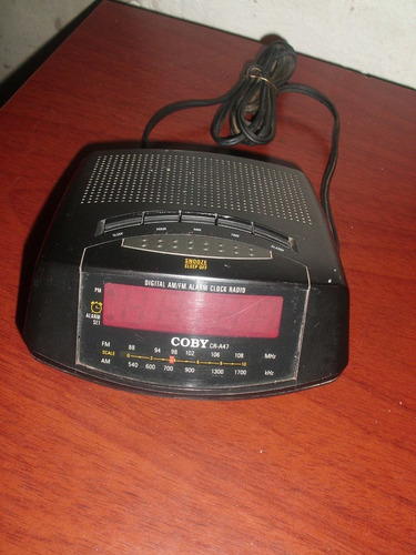 radio reloj despertador marca coby poco uso
