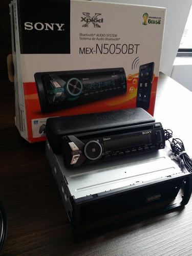 radio sony + 2 parlantes 220w