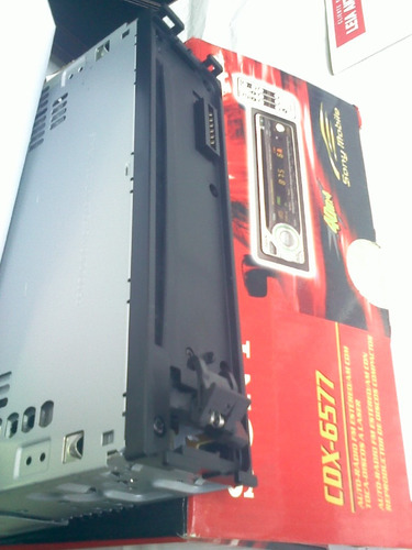 radio toca disco cd cdx-6577 sony mobile laser novo época 1997, utilizado na linha antiga vw, fiat, ford e gm de 97 a 02