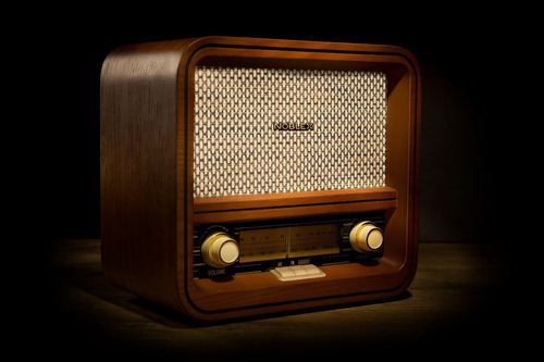 radio vintage con bluetooth madera natural noblex rx100bt