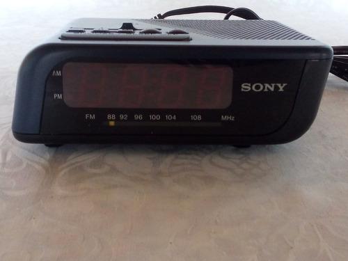 radio/reloj/despertador sony.