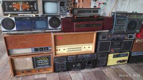rádios portáteis toca fitas antigos apartir de 100 reais