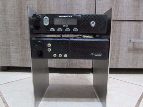 radiotelefono repetidora motorola em 400-gm300  uhf