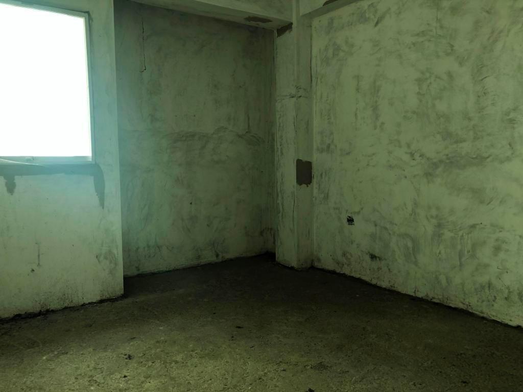 rah: 20-5995. apartamento en venta en centro