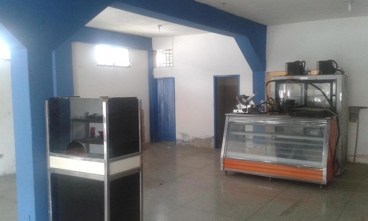 rah: 20-7562. local en venta en municipio peña