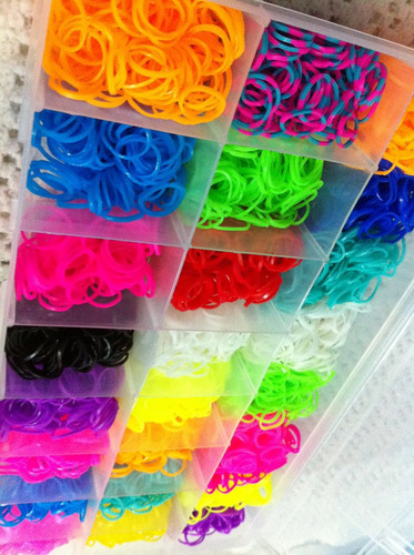 rainbow loom - kit refil 6000 elásticos + caixa organizadora