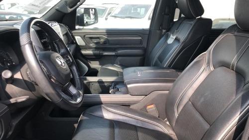 ram 1500 2019 v8 limited crew cab 4x4