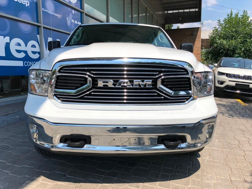 ram 1500 5.7 laramie at4x4  venta on line
