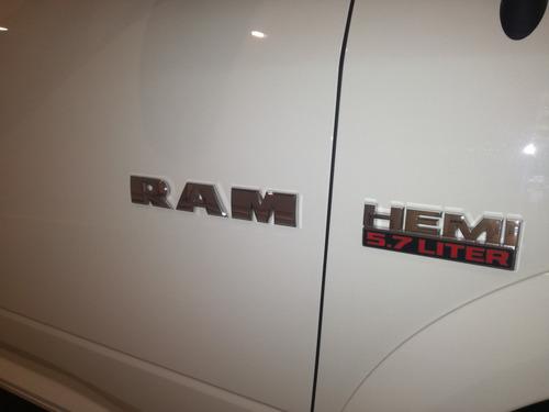 ram 1500 laramie 5.7 l automática 6 velocidades 02